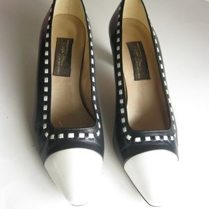 Sesto Meucci Navy Blue and White Low Heels Leather